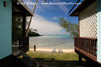 view of Muri Lagoon between the two bungalows at Tianas Beach on Rarotonga