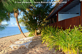 view of the Studio Units at Tianas Beach on Rarotonga